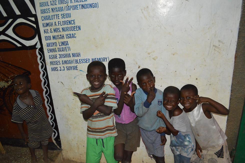 Faxen und feixen – wie Kinder überall