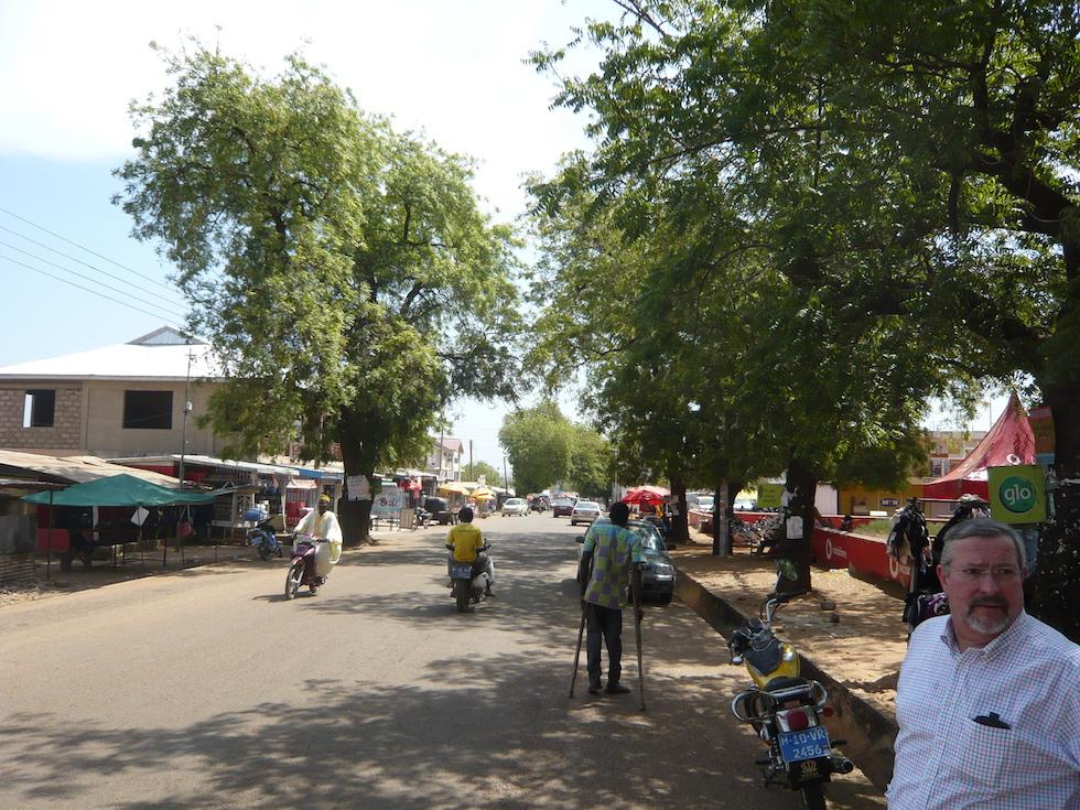 Auf der Hauptgeschäftsstraße in Bolgatanga